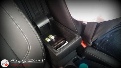 Hộp tỳ tay cho Ford Fiesta